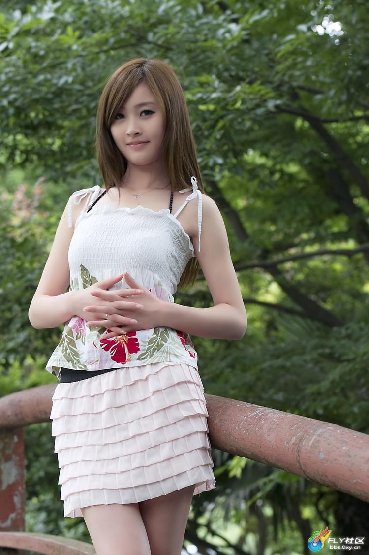 校园美女校园美女图片刚走出校园的美女日本校园美女 竖