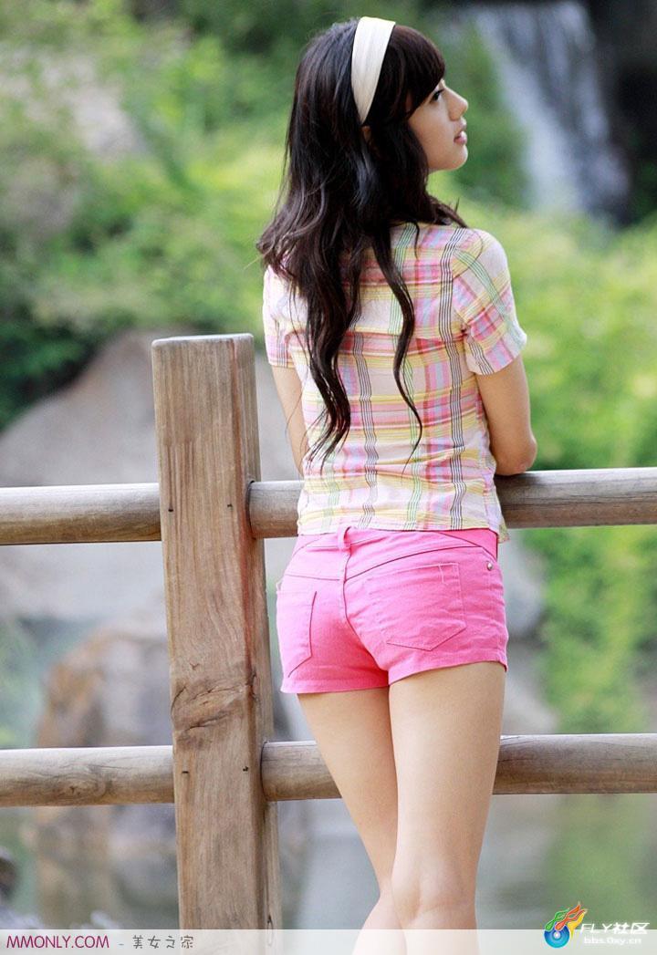 迷人韩国美女尹惠熙